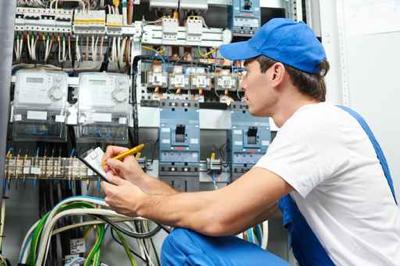 manutencao-eletrica-freacom